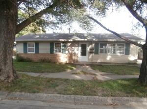 644 Iowa Ave SE, Huron, SD 57350