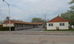 320 East Main Street, Wessington Springs, SD 57382