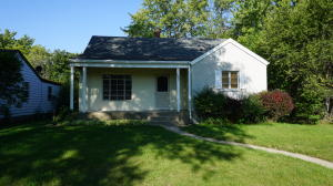 1237 Idaho Ave SE, Huron, SD 57350
