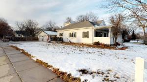 1175 Wisconsin Ave SW, Huron, SD 57350