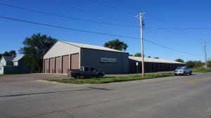 230 Market Rd SW, Huron, SD 57350