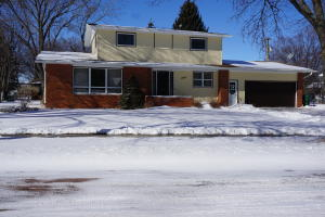 1907 Iowa Ave SE, Huron, SD 57350