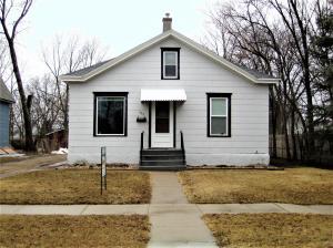 535 Montana Ave SW, Huron, SD 57350