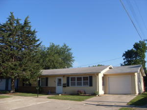 45 11th St SE, Huron, SD 57350