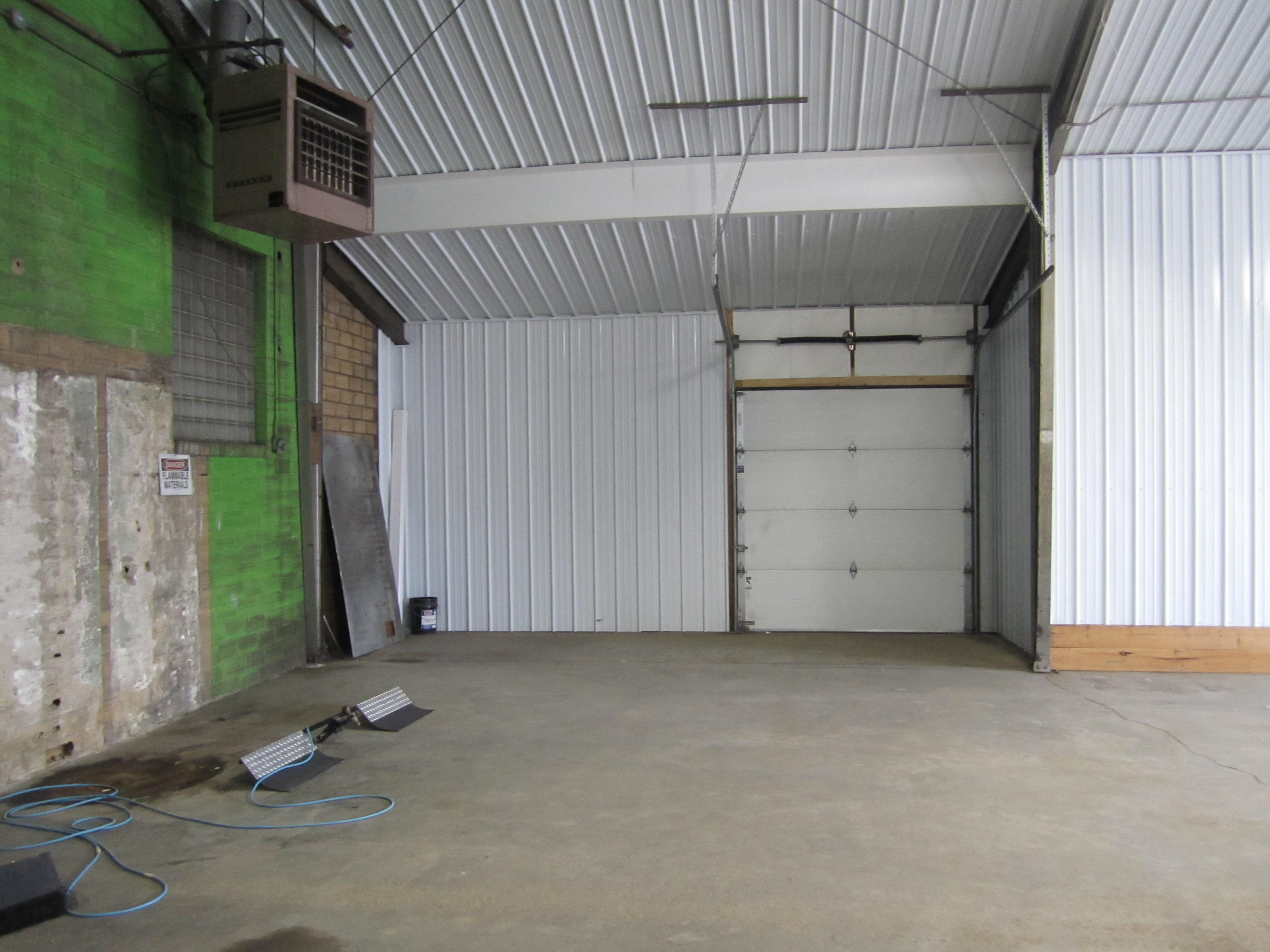 The Options Are Endless Large Open Warehouse Space With Many Updates 5800 Square Feet New 200