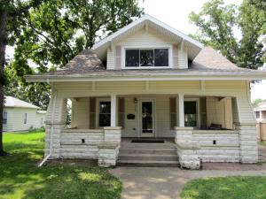 711 5th Ave, Brookings, SD 57006