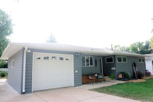 1734 Illinois Ave SW, Huron, SD 57350
