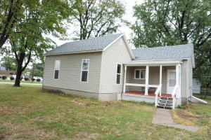 210 6th St SE, Huron, SD 57350