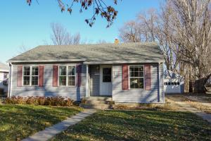 1044 Idaho Ave SE, Huron, SD 57350