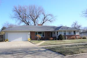 1668 Ohio Ave SW, Huron, SD 57350