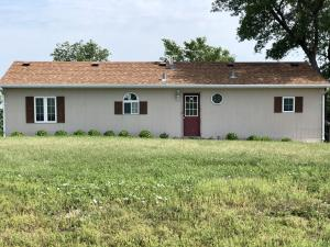 40324 South Shore Rd, Huron, SD 57350