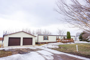 392 Albert St, Cavour, SD 57324
