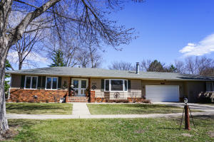 1910 Wisconsin Ave SW, Huron, SD 57350