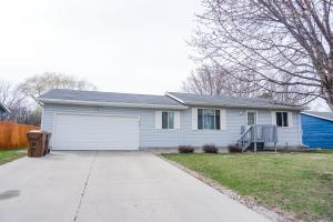 2315 Illinois Ave SW, Huron, SD 57350