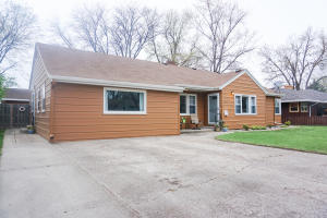 1671 Kansas Ave SE, Huron, SD 57350