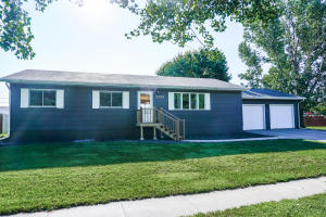 2370 Wisconsin Ave SW, Huron, SD 57350