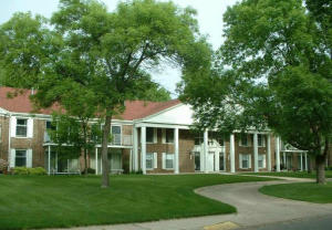 1601 Ohio Ave SW, 206, Huron, SD 57350