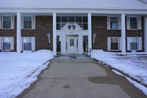 1601 Ohio Ave SW, 211, Huron, SD 57350