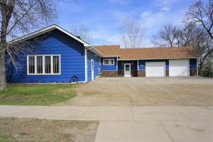 464 Commercial Ave, Wolsey, SD 57384