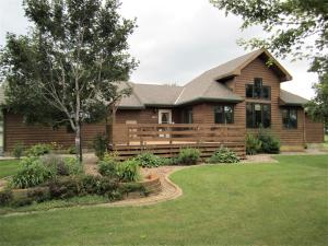 4 Acres - Close to Town!