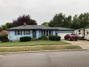 438 Jefferson Blvd SE, Huron, SD 57350
