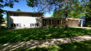 1901 Idaho Ave SE, Huron, SD 57350