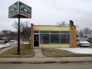Commercial Property - 75 4th St NW, Huron SD - Large Lot