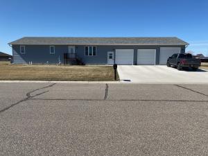 2521 Prairie Eagle Circle