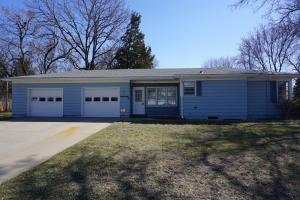 1808 Illinois Ave SW, Huron, SD 57350