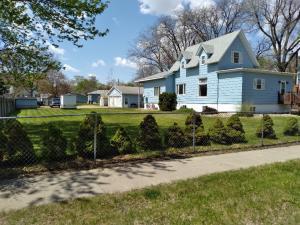 619 Nebraska Ave SW, Huron, SD 57350