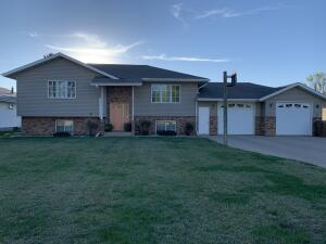 2513 Wisconsin Ave SW, Huron, SD 57350