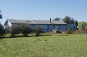 21141 391st Ave, Wolsey, SD 57384