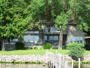 16180 Hwy 86, Spirit Lake, IA 51360