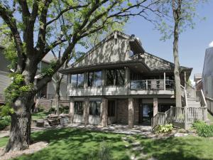 15229 215TH Avenue, Spirit Lake, IA 51360