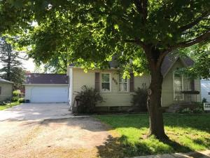 809 N 13th Street, Estherville, IA 51334