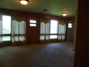 Residential for Sale at 1580 Maplecrest Drive