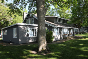 35 Prairie Lane, Arnolds Park, IA 51331