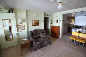 Residential for Sale at 13302 Templar Drive S