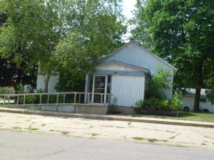 403 4th Street N