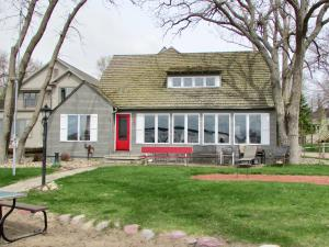 Residential for Sale at 2909 Alexander Street