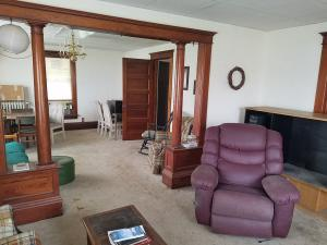 Residential for Sale at 407 1st Street W