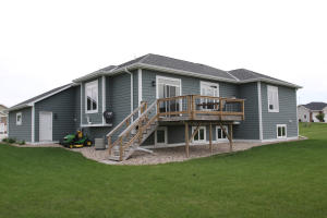 1609 Stover Avenue, Spirit Lake, IA 51360