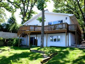 1001 Oak Place, Wahpeton, IA 51351