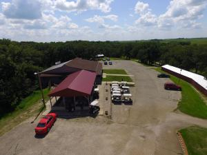 Commercial for Sale at 3625 170th Street