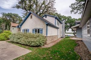 Residential for Sale at 2322 Okoboji Boulevard