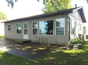 12005 253rd Avenue, Spirit Lake, IA 51360