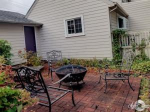 Homes For Sale at 607 10th Street
