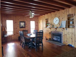 Residential for Sale at 15508 Landings Avenue
