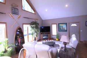 Residential for Sale at 1313 Jerdee Lane