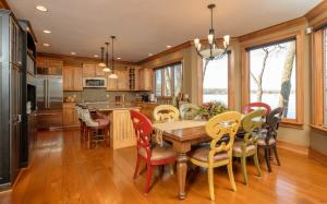 Residential for Sale at 1810 Lakeside Avenue